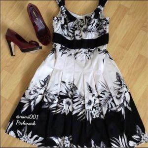 Sleeveless Black White Floral Flare Dress WHBM